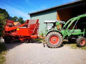 http://www.wiesenfreunde.de/images/Kartoffel_Roder.jpg